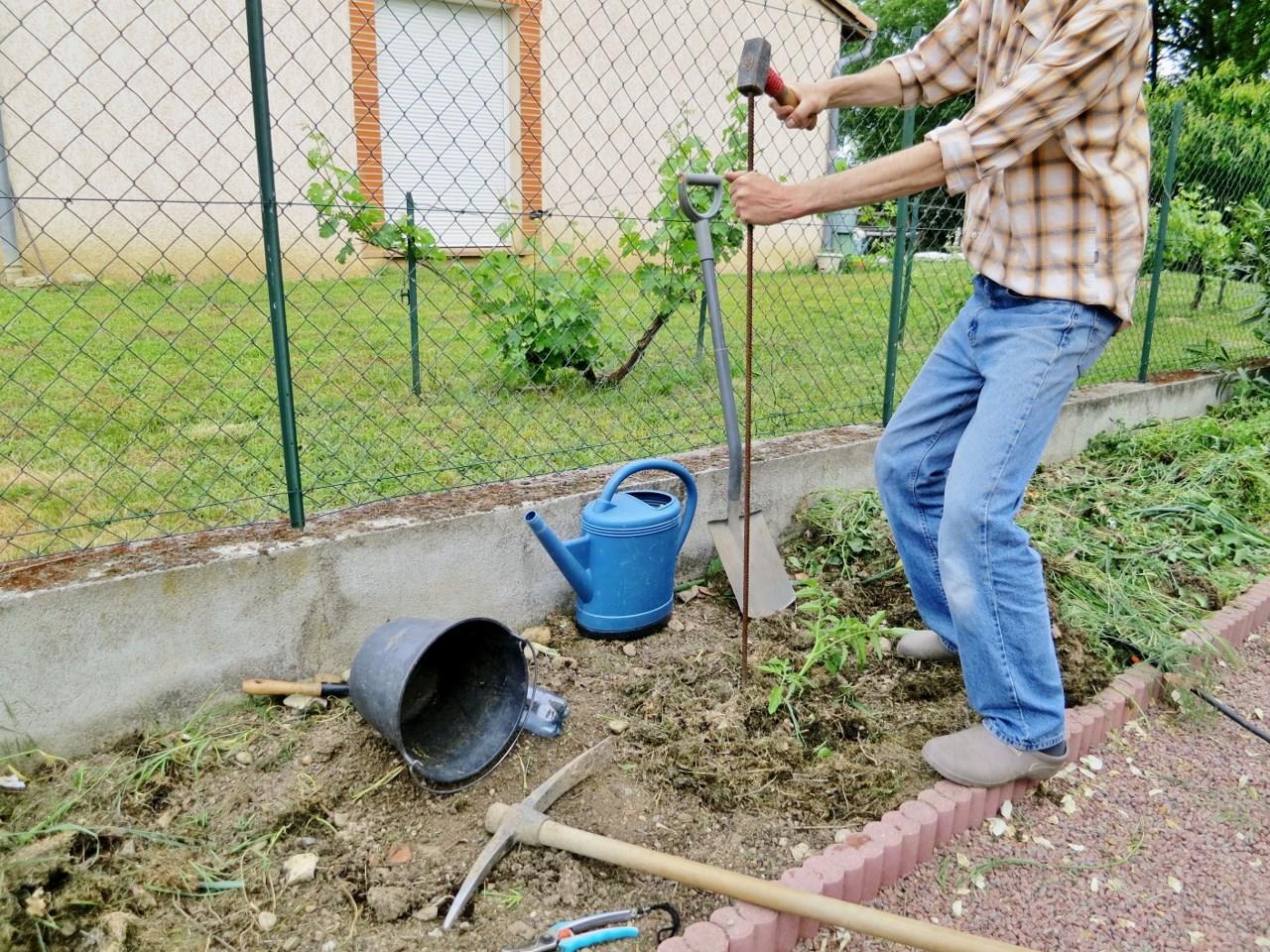 comment faire pousser des tomates dans une terre pauvre argileuse et caillouteuse. Black Bedroom Furniture Sets. Home Design Ideas